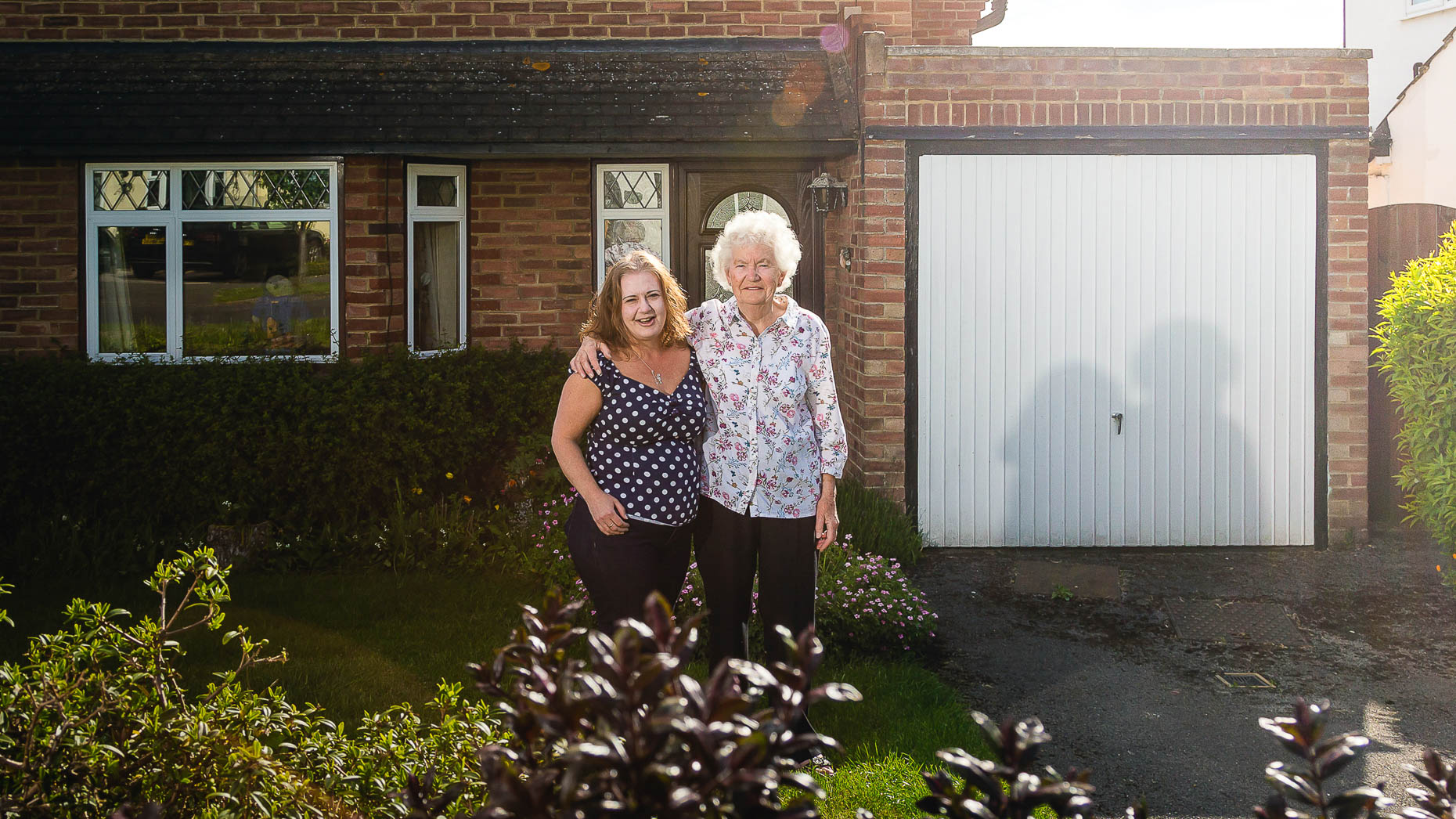 Ashtead Doorstep Portraits 19