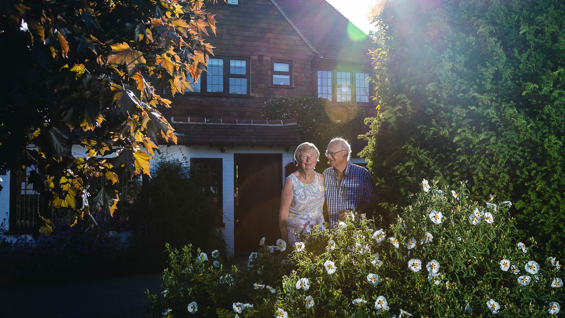 Ashtead Doorstep Portraits 25